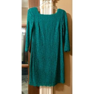 Adrianna Papell women's  dress size 12 Green lace